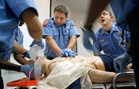Resultado de imagen para imagenes paramedicos accion