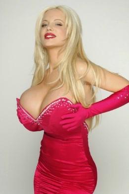 Resultado de imagen para imagenes mujeres con senos muy grandes