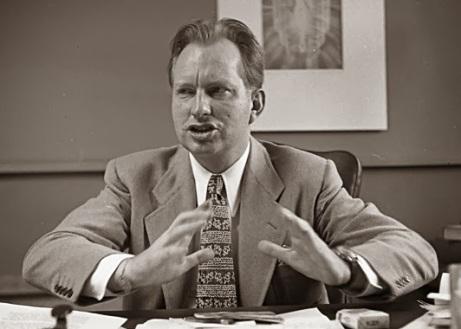 Victoria de la Luz - : Ron Hubbard ,creador de la cienciología y ...